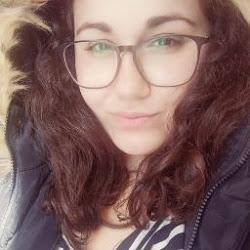 Débora M. avatar photo
