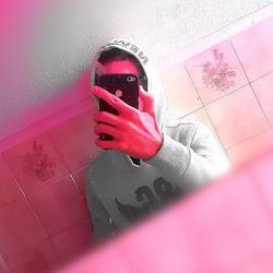 _C̶̷̲̅R̶̷̲̅iC̶̷̲̅R̶̷̲̅i_ avatar photo
